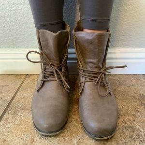 Charlotte Russe Mocha 'Hillary' Combat Boots
